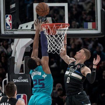 NBA wraca w nowych realiach. Pierwszego dnia derby Los Angeles