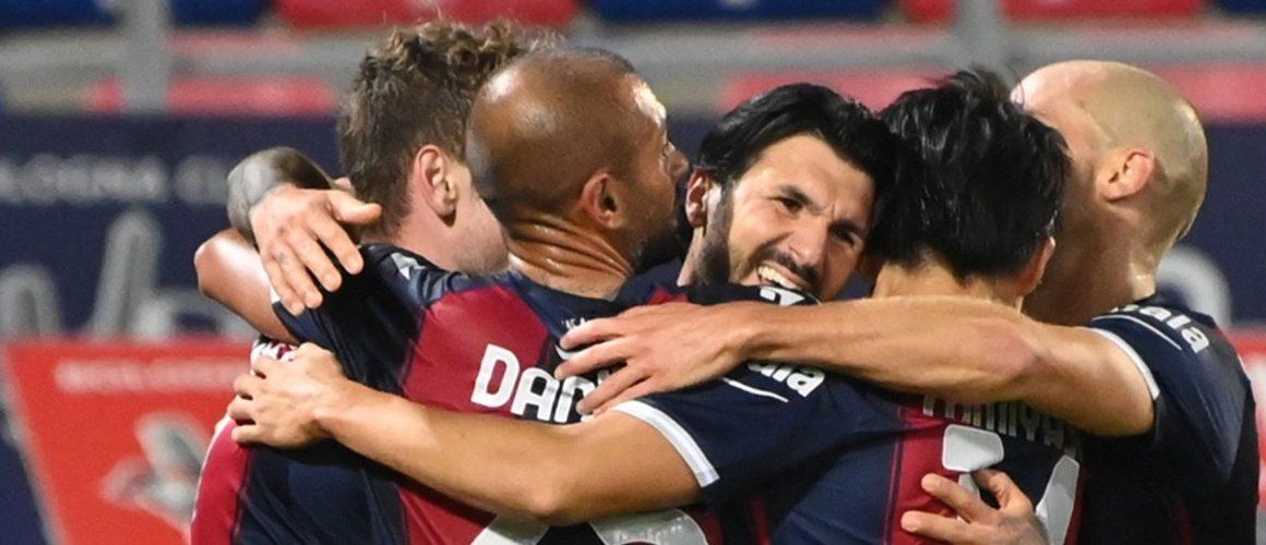 Bologna wygrywa derby. Błąd Skorupskiego