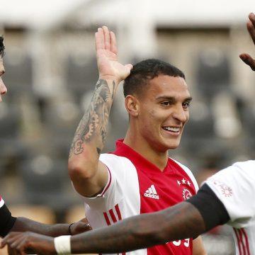 Ajax niszczy rywali. Zwycięstwo 13:0