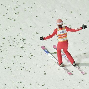 Skoki narciarskie wróciły. Czy Polak wygra PŚ?