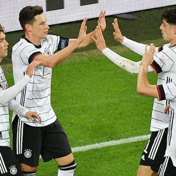 Niemcy- Islandia. Niemcy jako hegemon w grupie J