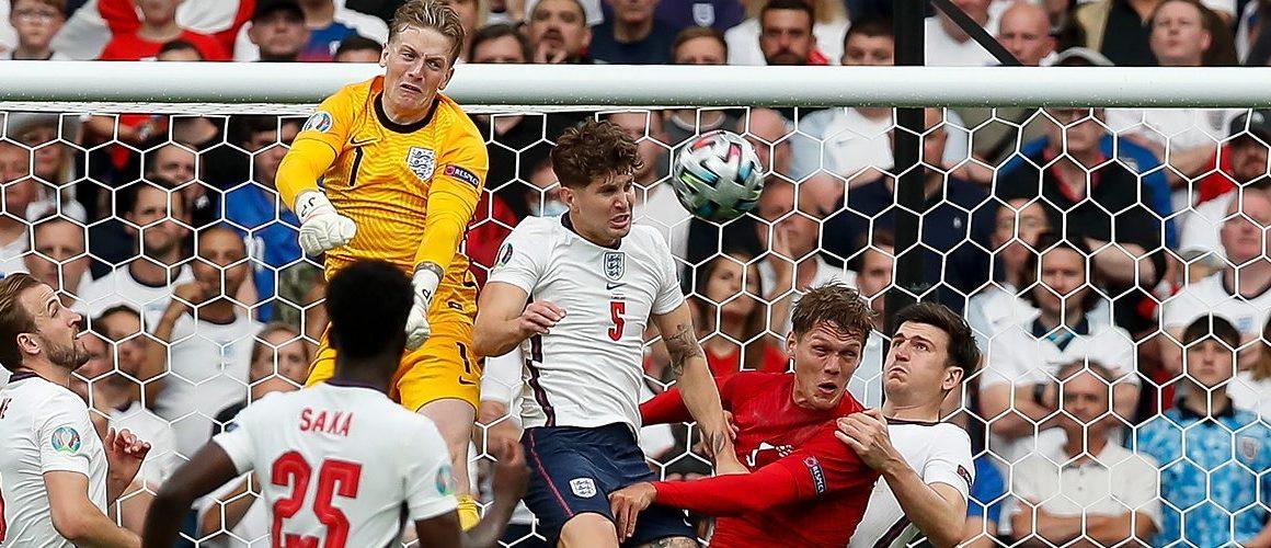 Euro 2020: Anglicy przepchnięci do finału?