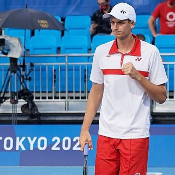 Tokio 2020: Wygrana Hurkacza, Linette i Rosolska poza turniejem