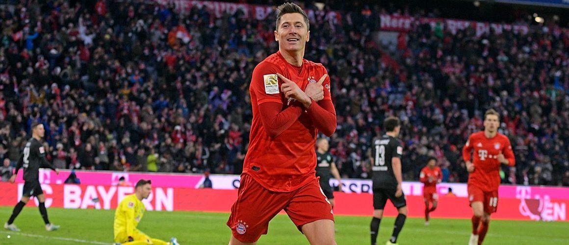 Lewandowski kolejny raz został piłkarzem roku w Niemczech!