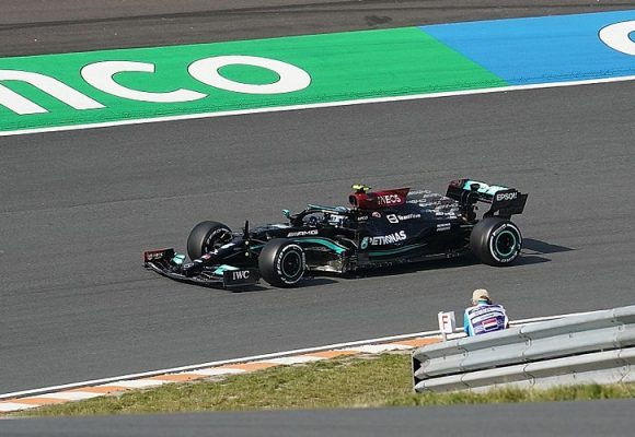F1: Valtteri Bottas wygrał kwalifikacje na Monzy
